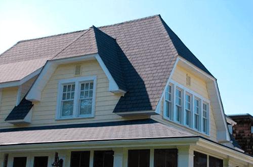 фото полувальмовой крыши