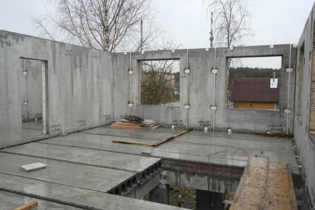 Монтаж коробки дома БЭПАН Премиум с пустотными перекрытиями
