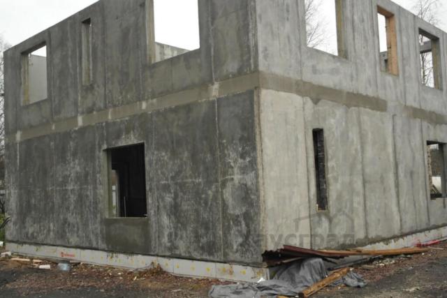 Готовая коробка дома БЭНПАН Премиум с пустотными перекрытиями